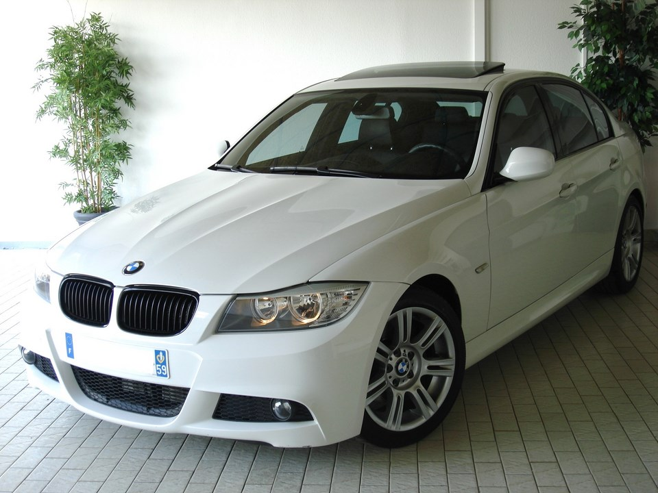 bmw e90 lci 320d 177ch sport design m m v cars 68. Black Bedroom Furniture Sets. Home Design Ideas