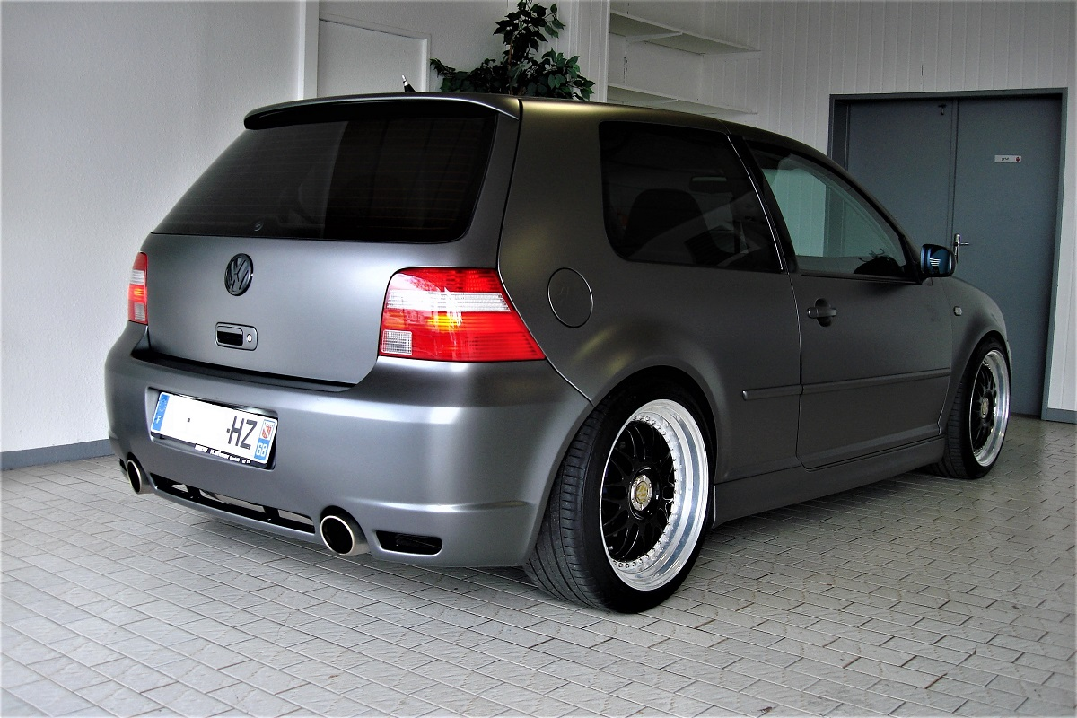 volkswagen golf iv r32 241ch 4motion bvm6 m v cars 68. Black Bedroom Furniture Sets. Home Design Ideas